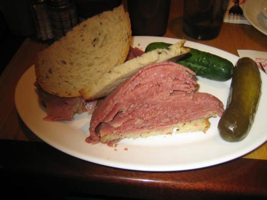 carnegie_deli_sandwich
