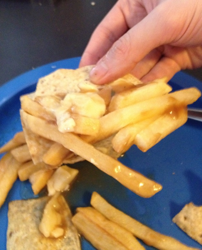 poutine_nachos (8)