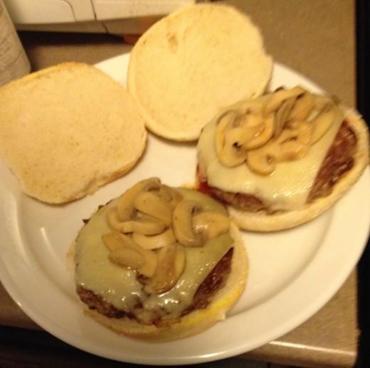 swiss_mushroom_burger (9)