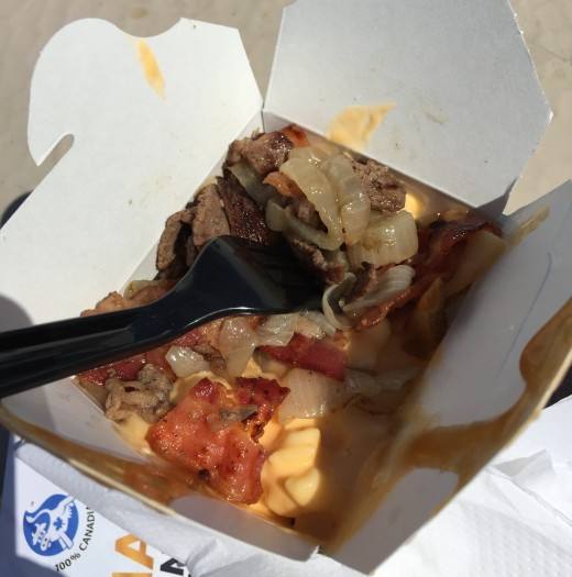 bacon_mac_poutine (2)