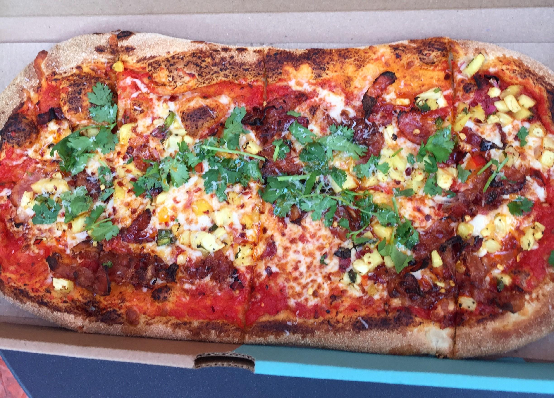 aloha_smoke_pizza (1)