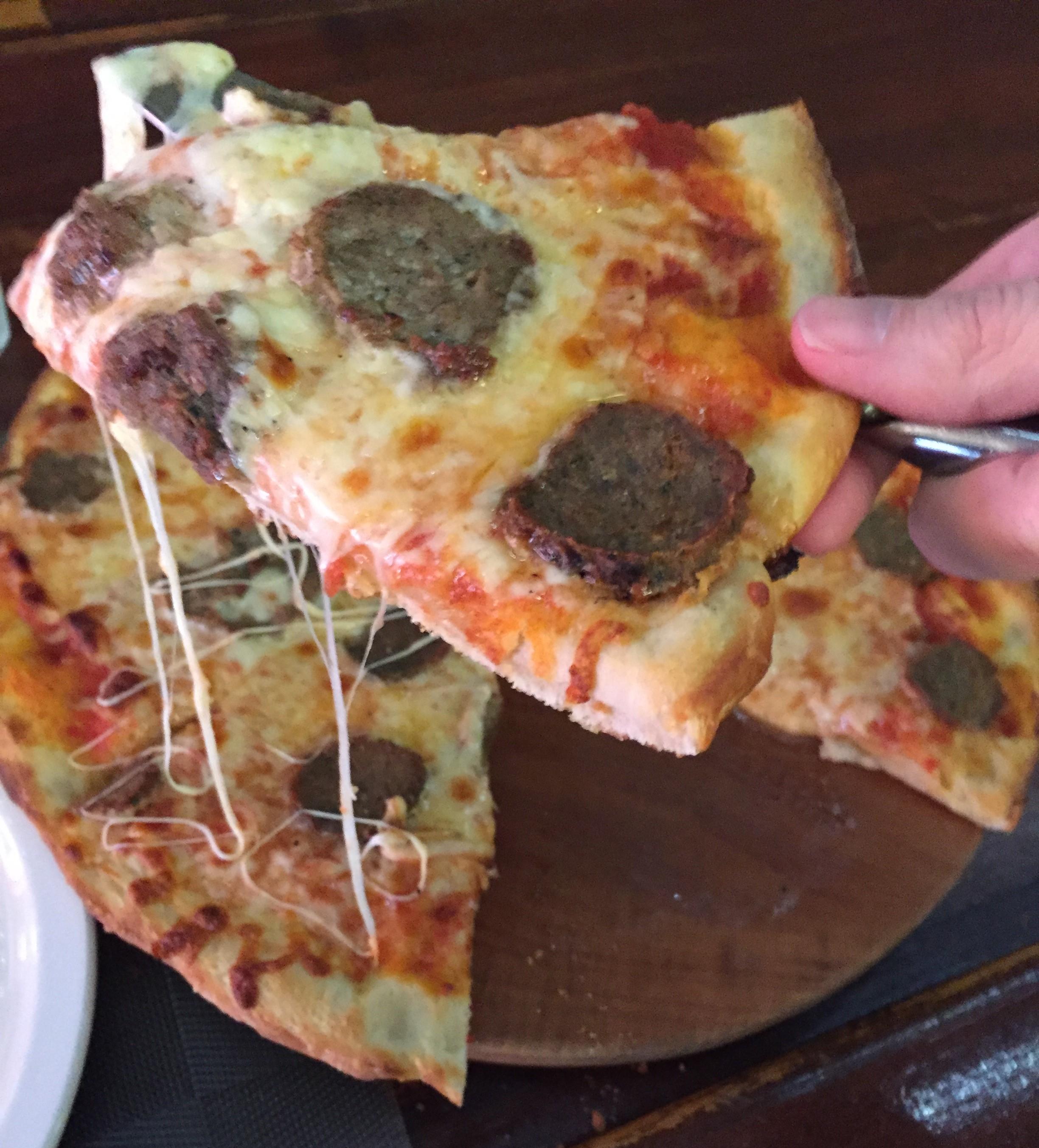 maxis_meatball_pizza-4