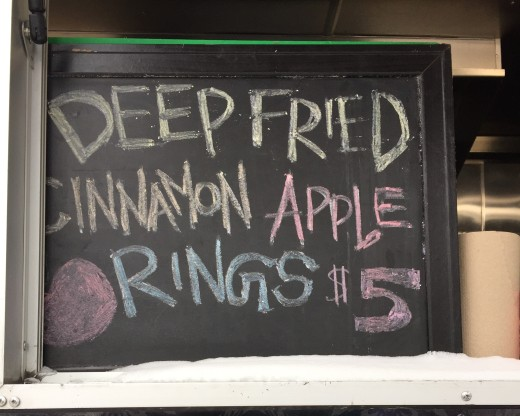 apple_rings_sign-2