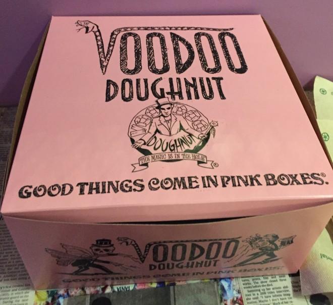 voodoo_doughnuts_box-1