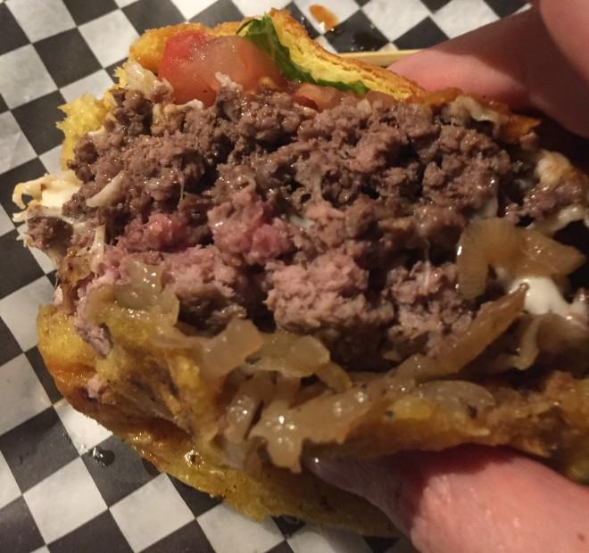 topgun_maverick_burger (7)