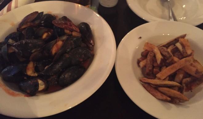 wallace_gastropub_mussels (5)