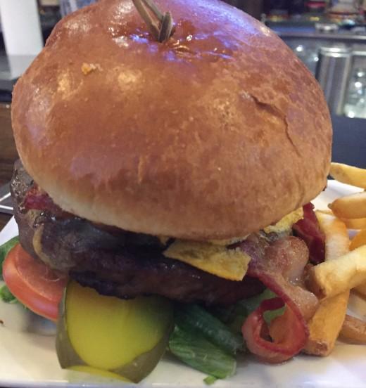mad_hatter_burger (8)
