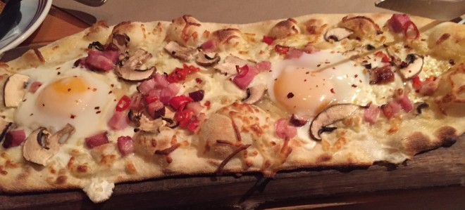 bacon&egg_pizza (1)
