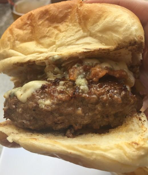 blue_cheese_burger (7)