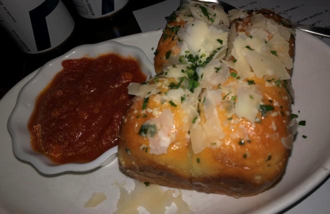 garlic_parmigiano_rolls (1)
