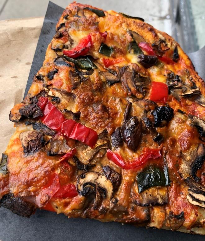 blackbird_mushroom_pizza (8)