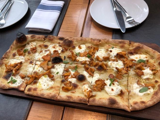 buca_funghi_pizza (2)