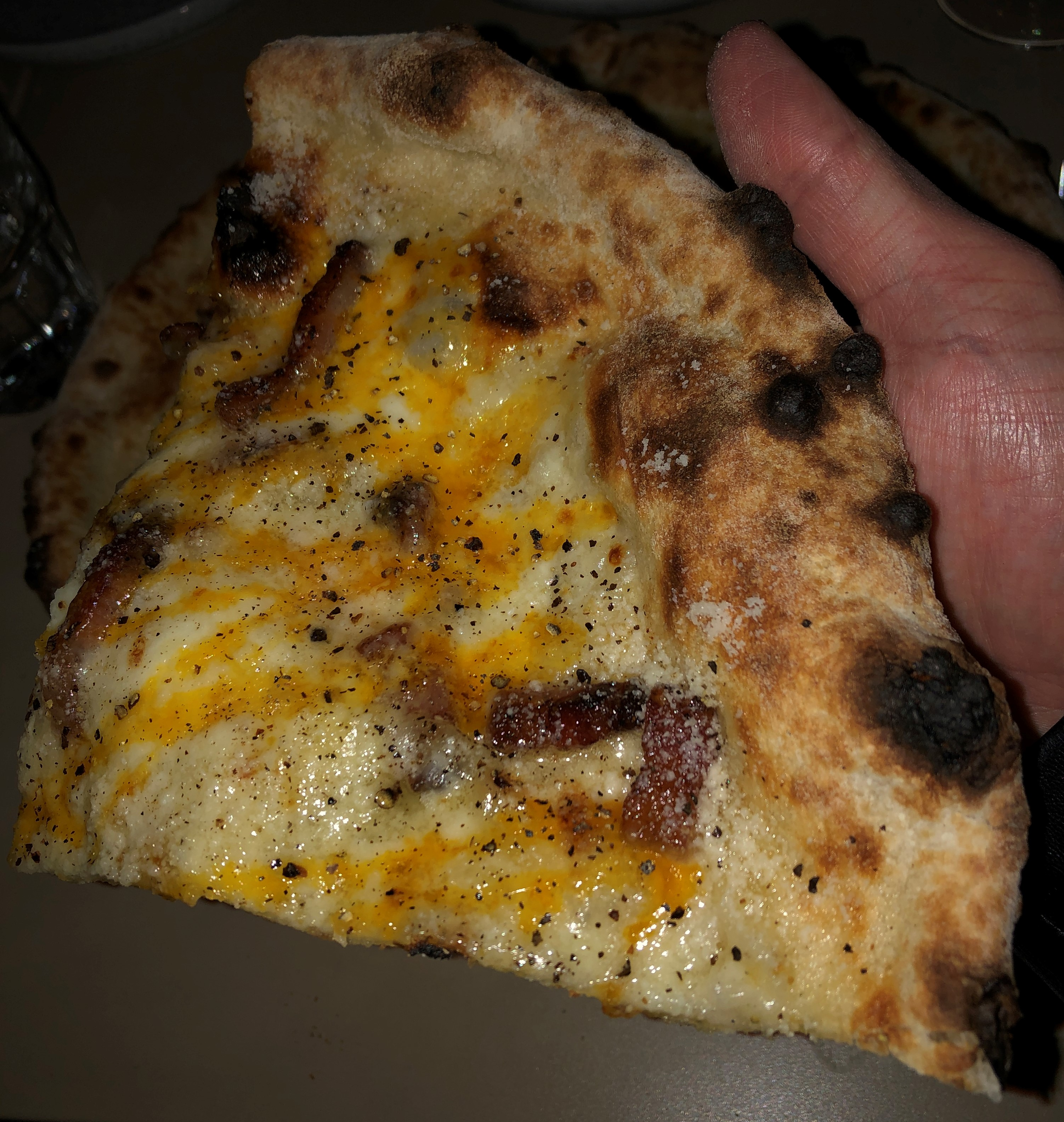 gusto_pizza_carbonara (12)