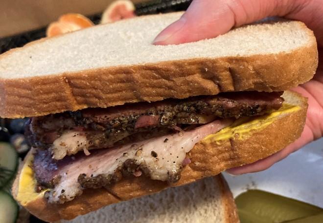 beef_brisket_sandwich (7)