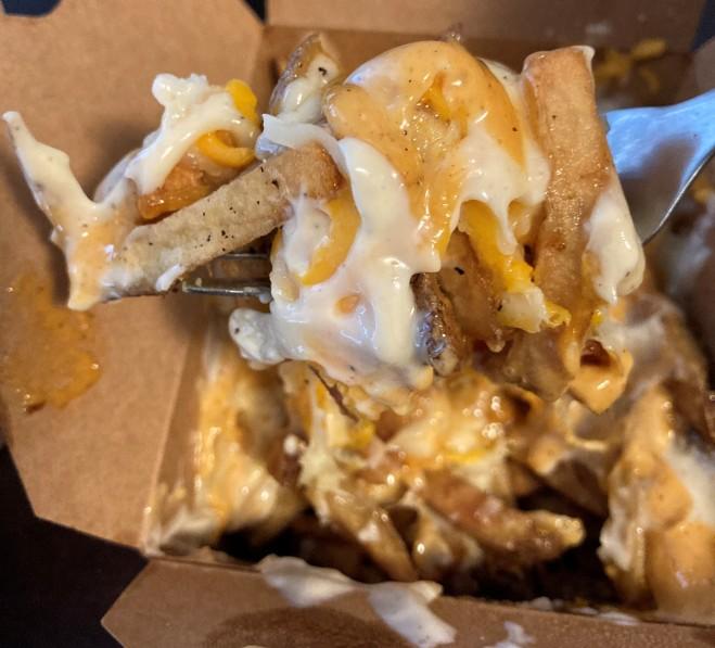 bullger_cheese_fries (14)