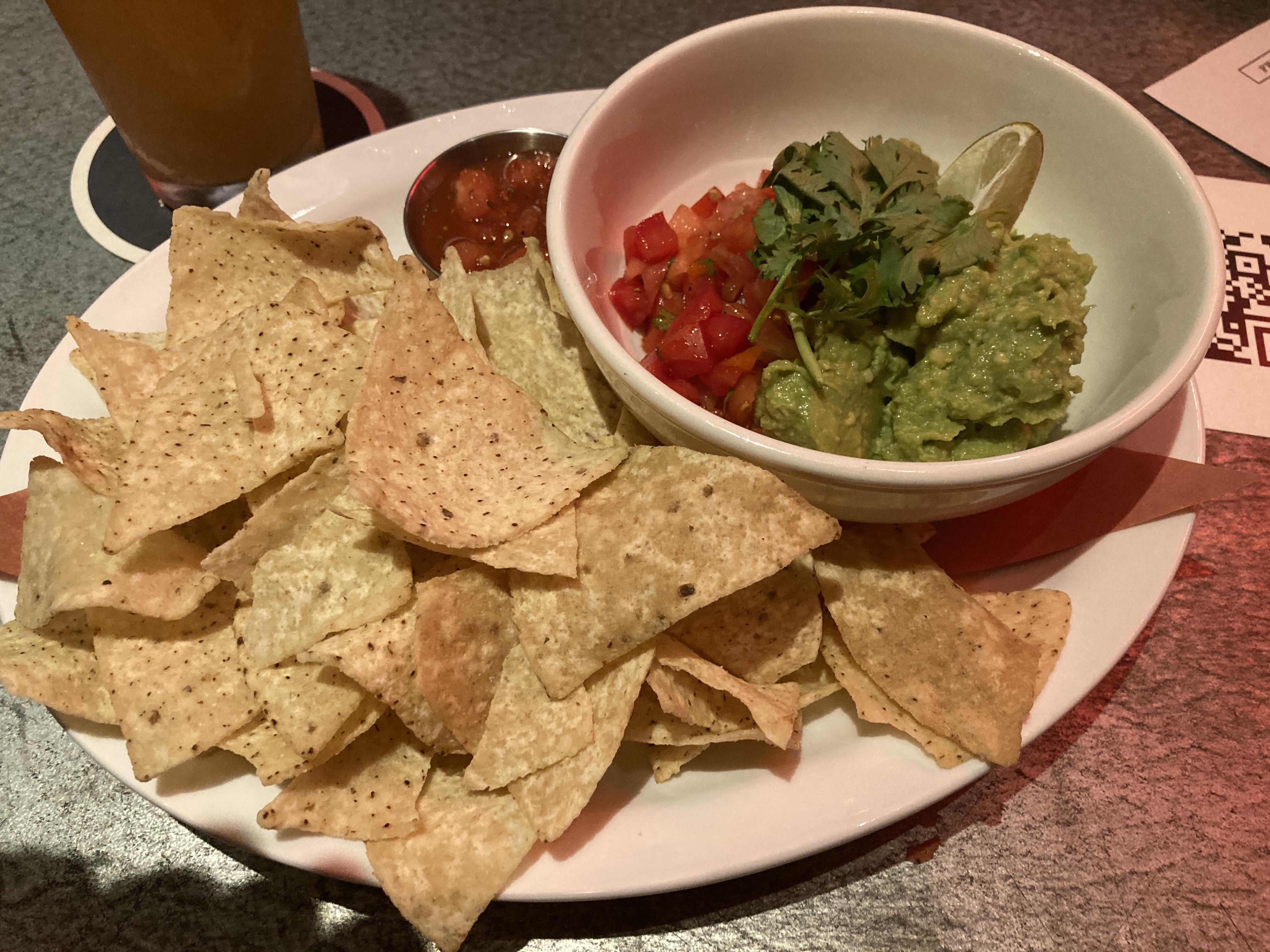 beertown_guac+chips (4)